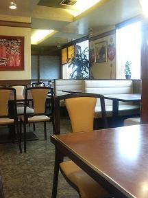 20110821-たまには外食-セルテの三熙(さんき)で角煮丼定食-店内.jpeg
